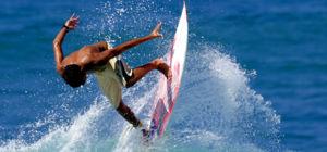 Betaald surfen op Mentawai-eilanden