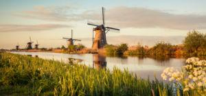Win: Capitool Reisgids Nederland - Zuid-Afrika.nl